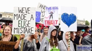 """Brexit: Thousands storm London to protest, says """"our future uncertain"""""""